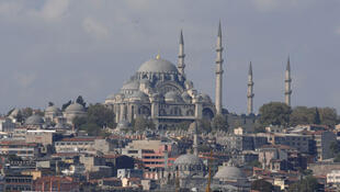 En Turquie le changement d'heure a été abandonné depuis 2016. Photo : Vue sur le centre d'Istanbul.