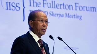Bộ trưởng Quốc Phòng Philipppines Delfin Lorenzana tại diễn đàn Singapore ngày 23/01/2017.