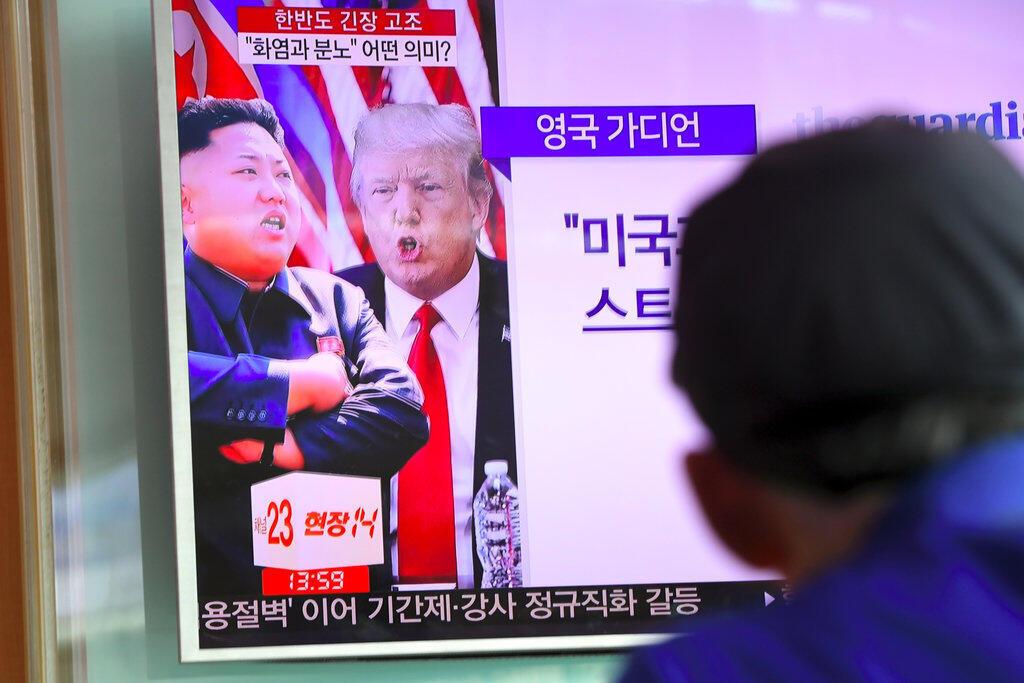 A tensão entre os Estados Unidos e a Coreia do Norte só irá diminuir com diálogo, defende Macron.