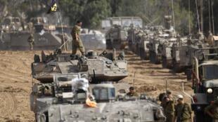 Tropas israelíes cerca de la frontera con Gaza el 16 de noviembre de 2012.