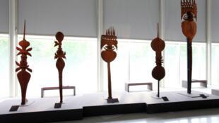 Exposition «Kanak, l'art est une parole». Du 15 octobre 2013 au 26 janvier 2014 au Musée du Quai Branly.