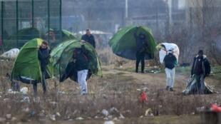 Entre 300 et 400 migrants vivent actuellement à Calais, en attendant de pouvoir gagner l'Angleterre (photo d'illustration).