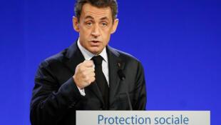 Nicolas Sarkozy lors de son déplacement à Bordeaux le 15 novembre 2011.
