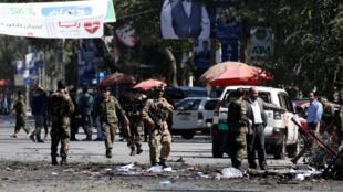 Exército afegão remove corpos após atentado em Cabul no Afeganistão, 17 de Setembro de 2019.