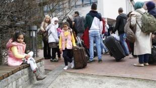 L'arrivée de réfugiés syriens dans un camp à Friedland, en Allemagne, le 4 avril 2016 (image d'illustration).