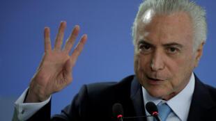 Le président brésilien a dû prouver à sa caisse de retraite qu'il était bien vivant pour pouvoir continuer à toucher sa pension.