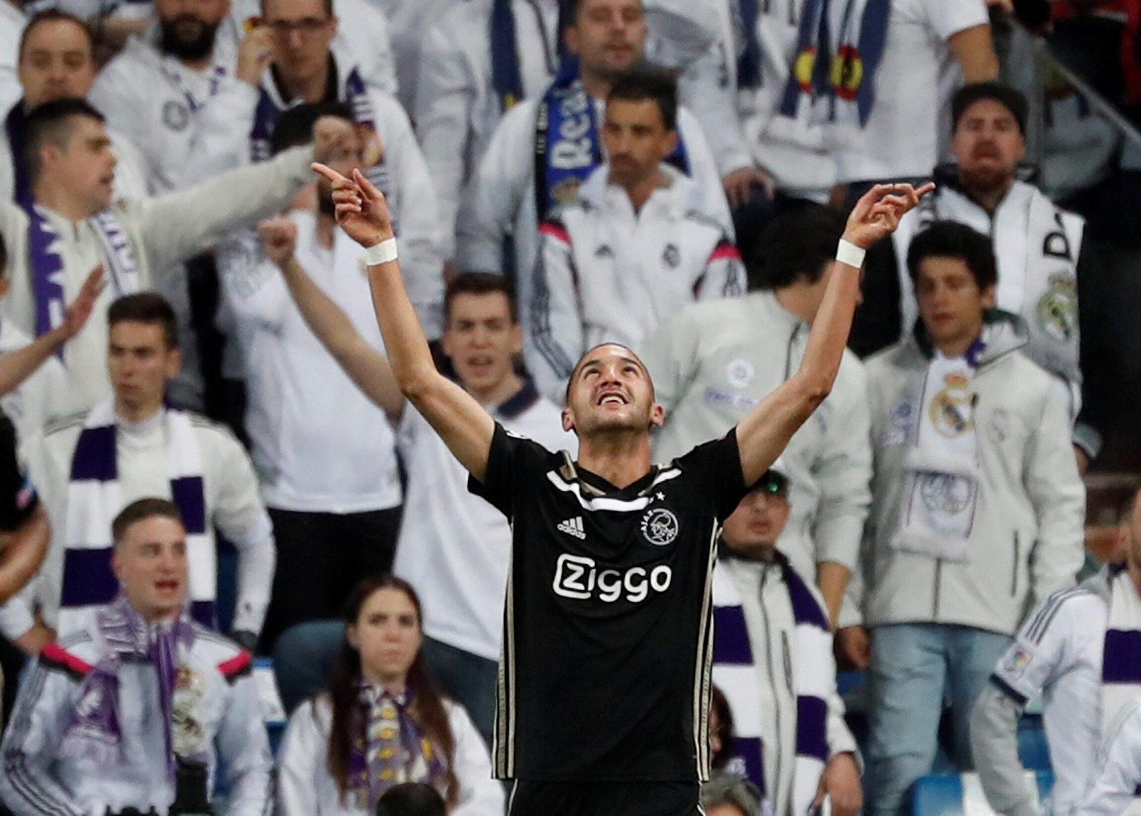 Hakim Ziyech festeja el primer gol del Ajax, este 5 de marzo de 2019 en Madrid.