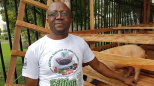 Jean-Daniel Kamonié, secrétaire général de la coopérative des éleveurs de l'Estuaire (Coop-E) au Gabon.