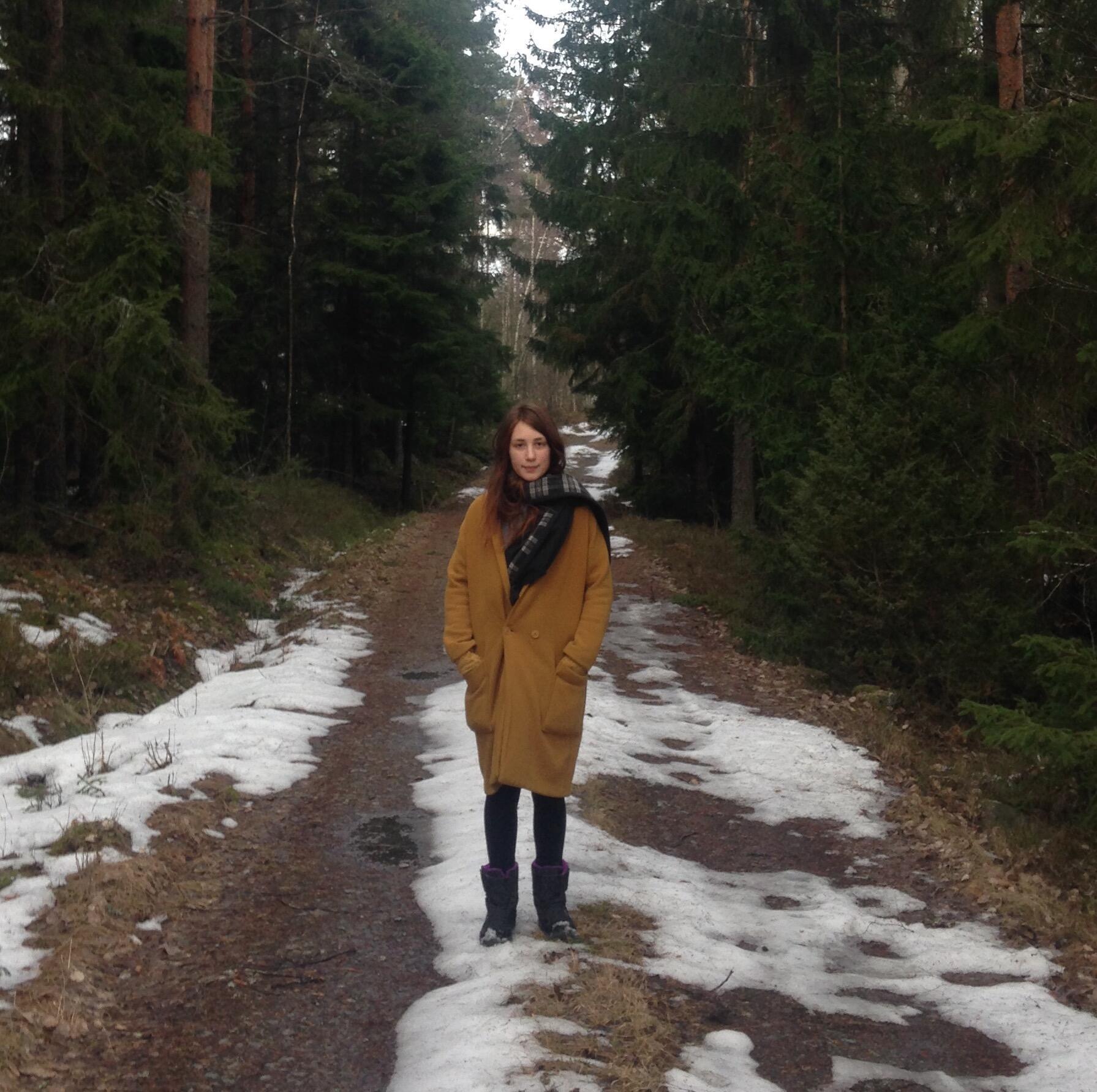 Estudante Léna Lazare já foi de Paris à Finlândia de trem e barco - e a próxima viagem é para o Japão.