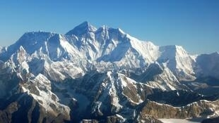1314912-Mont_Everest
