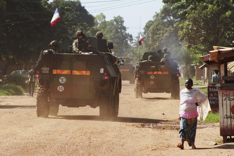 Uma patrulha francesa nas ruas de Bangui, no dia 7 de dezembro de 2013.