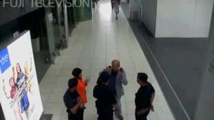 Imagen del 13 de febrero de las cámaras de seguridad del aeropuerto de Kuala Lumpur tras el ataque a Kim Jong-nam.