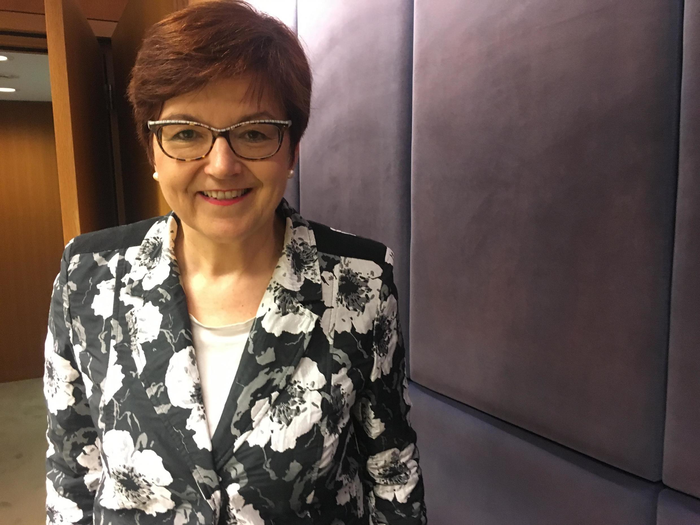 A deputada alemã Ingeborg Gräßle, cristã-democrata do partido CDU, de Angela Merkel.