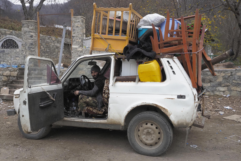 Бегство жителей из села Ехегнут (Кельбаджарский район)