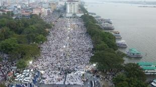 Manifestation contre la loi sur la citoyenneté, vue comme anti-musulmane, à Kochi, dans l'État du Kerala, le 1er janvier 2020.