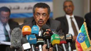 Le ministre éthiopien des Affaires étrangères Tedros Adhanom, après une réunion avec ses holomogues soudanais et égyptien sur le partage des eaux du Nil et le barrage éthiopien Grand Renaissance, à Khartoum, le 6 mars 2015.