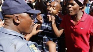 A morte do taxista moçambicano pela polícia sul-africana provocou uma onda de protestos no começo de março.