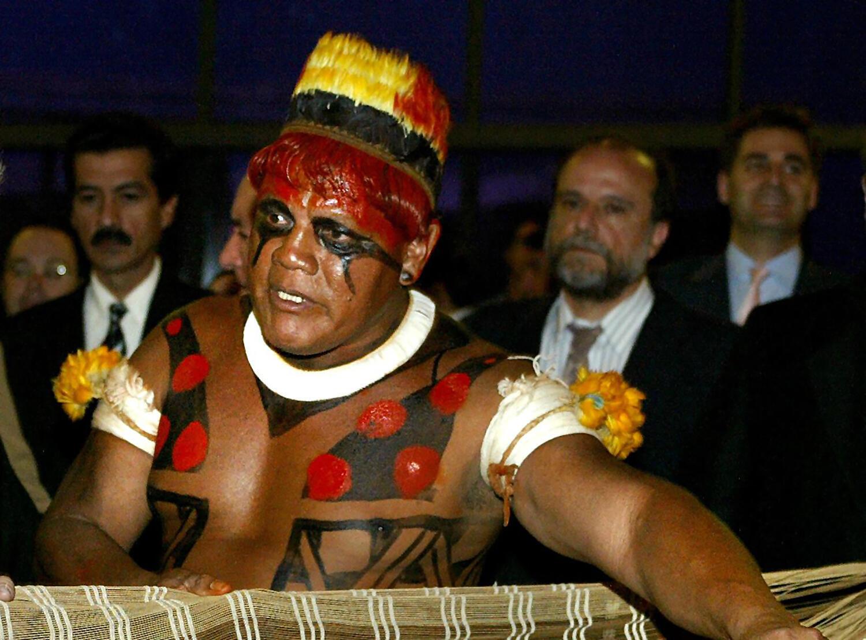 Aritana, de la tribu Yawalapiti, le 6 de octubre de 2003 en Brasilia.