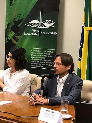 Raul Valle, diretor de Justiça Socioambiental do WWF-Brasil em discussão sobre licenciamento ambiental na Câmara dos Deputados em 14 de agosto de 2019