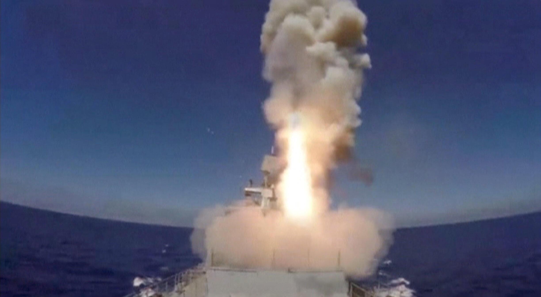 حمله موشکی روسیه علیه داعش از ناوگان دریایی این کشور در مدیترانه