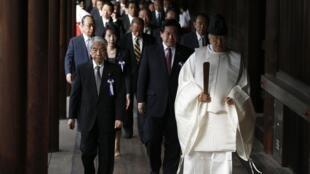 日本政界人士參拜靖國神社
