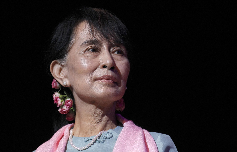 Aung San Suu Kyi est de plus en plus critiquée, y compris par d'anciens admirateurs.