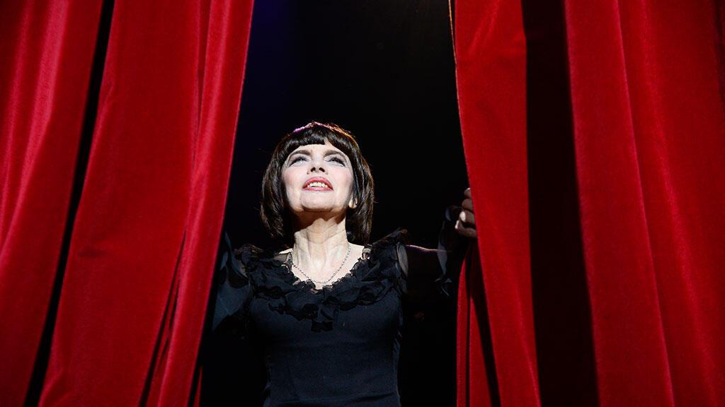 Мирей Матье на концерте в парижской «Олимпии», 2014 г.