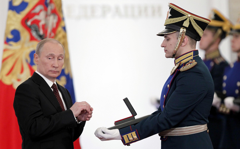 Владимир Путин на церемонии вручения государственных наград за достижения в области культуры и науки, Москва, 12 июня 2012.