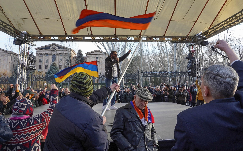 Митинг противников Пашиняна в Ереване 9 марта 2021.