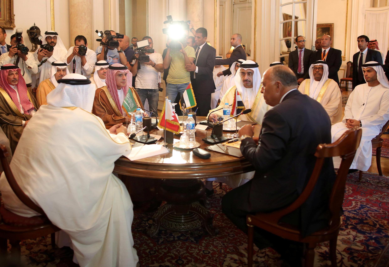 نشست چهار کشور عربستان سعودی، امارات متحده عربی، بحرین و مصر در مورد قطر، چهارشنبه ۱۴ تیر/ ۵ ژوئیه در قاهره انجام شد.