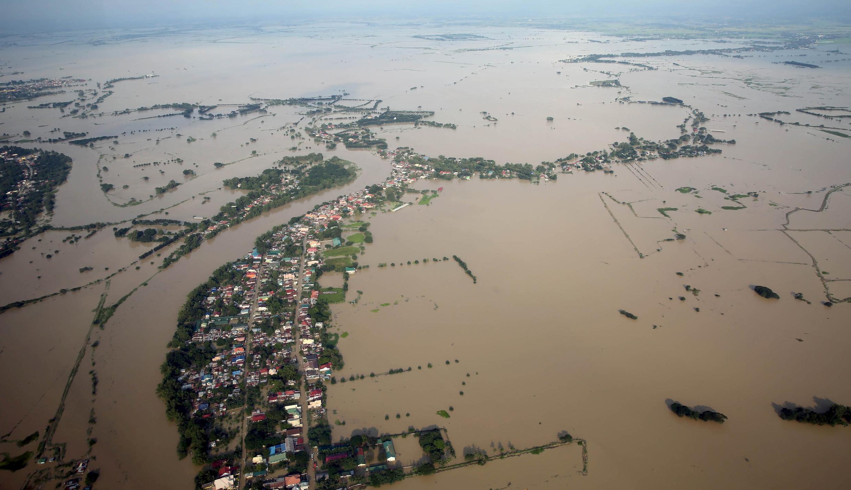 Yankunan Pangasinan, Tarlac, Pampanga da Bulacan,na Manilla na kasar Philippines