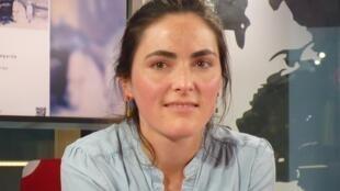 Christiane Pooley en los estudios de RFI