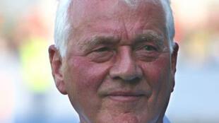 Frank Stronach, fondateur de Magna International, un des plus gros fournisseur  d'équipements automobiles, candidat aux législatives en Autriche.