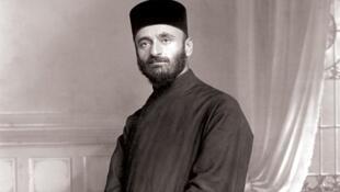 پدر کومیتاس، روحانی ارمنی و موسیقیدان؛ گردآورندۀ نغمه های محلی