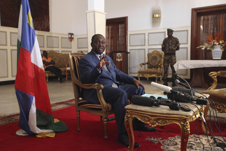 Kiongozi aliyeomdolewa madarakani nchini Jamhuri ya Afrika ya Kati Francois Bozize akiwa Ikulu wakati wa utawala wake