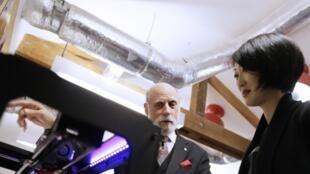 Fleur Pellerin avec Vint Cerf, le patron de Google lors de l'inauguration du «Lab», le 10 décembre 2013.
