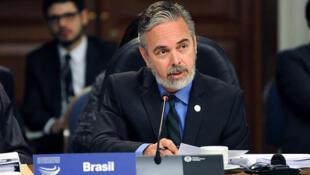 O ministro brasileiro das Relações Exteriores Antonio Patriota defendeu a participação dos países do sul na instituições internacionais.