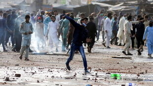 2021-04-14T111415Z_765024811_RC2NVM93CBJ5_RTRMADP_3_PAKISTAN-PROTEST-BLASPHEMY