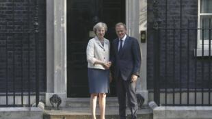 Theresa May e Donald Tusk se reuniram no 10 Downing Street, a sede do governo britânico.