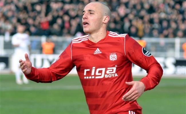 L'attaquant de Sivasspor, Aatif Chahechouhe.