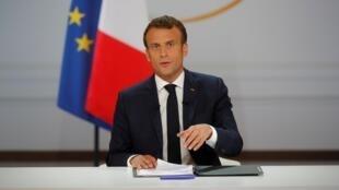 Le président français Emmanuel Macron prend la parole lors de la conférence de presse pour dévoiler sa réponse politique à la mobilisation des «gilets jaunes», à l'Elysée à Paris, le 25 avril 2019.