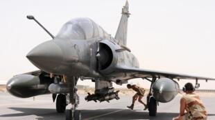 Французский многоцелевой истребитель Mirage 2000  D