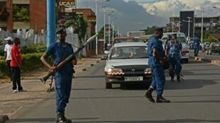 Vikosi vya usalama vinaendelea kupiga doria katika maeneo mbalimbali mjini Bujumbura.