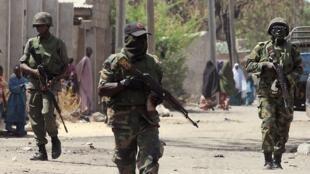 Wasu sojan Nigeria na farautar 'yan kungiyar Boko Haram