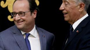 Presidentes francês e português juntos no Palácio de Belém, Lisboa, Portugal, 19 de Julho de 2017