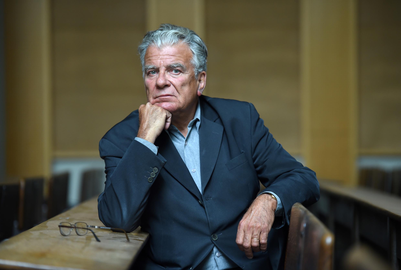 El politólogo francés Olivier Duhamel el 19 de mayo de 2016 en la Universidad de Sciences Po en París, Francia