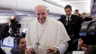 Le pape François à son arrivée à Genève, le 21 juin 2018.