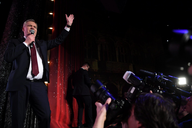 Антти Ринне, председатель победившей Социал-демократической партии, на митинге в Хельсинки. 14.04.2019