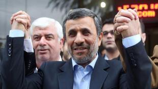 L'ex-président iranien Mahmoud Ahmadinejad avant l'élection présidentielle iranienne, à Téhéran, le 12 avril 2017.