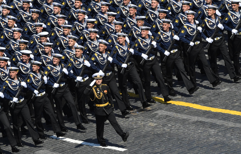 2020年6月24日,俄羅斯在莫斯科紅場舉行閱兵活動,慶祝反法西斯戰爭勝利75周年。